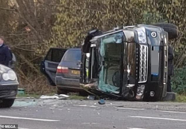 سيارة الامير فيليب بعد الحادث