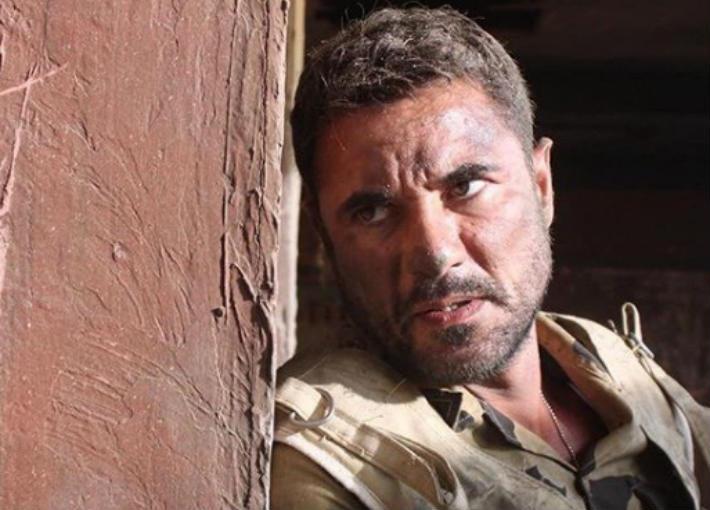 أحمد عز من فيلم الممر