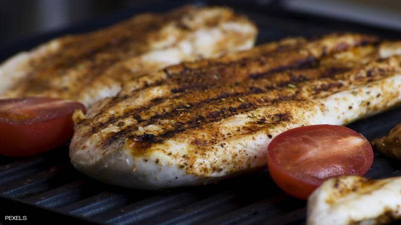 لحوم الدجاج جزء من حمية داش