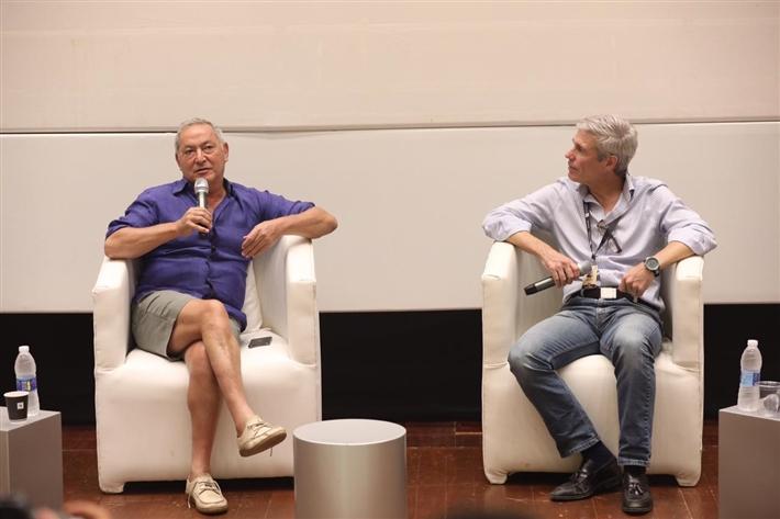 سميح ساويرس والمخرج فيليب هاميلتون