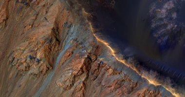 الانهيارات الأرضية المريخية