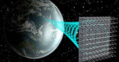 لوحة شمسية مدارية