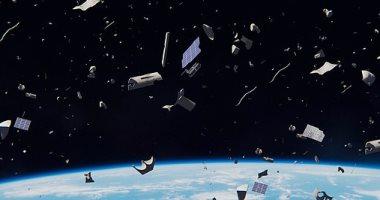 نفايات الفضاء