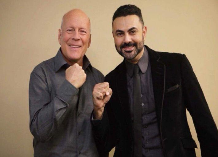محمد كريم مع بروس ويليس