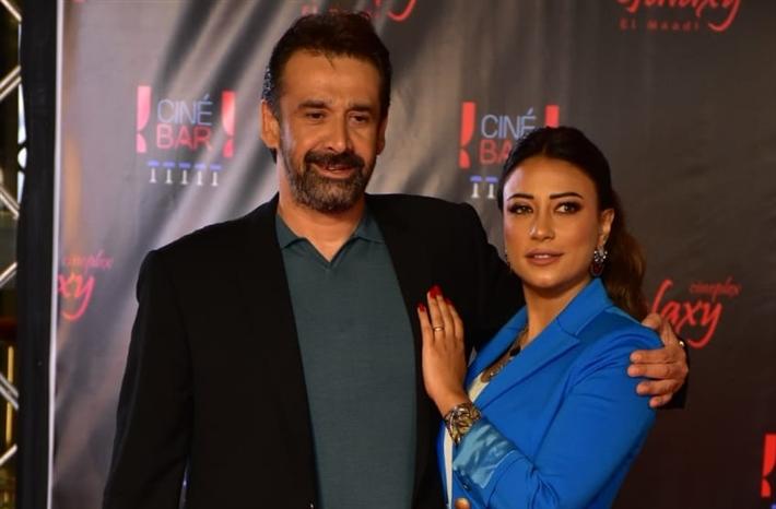 كريم عبد العزيز وزوجته