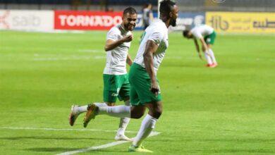 لاعبو المصري يحتفلون بهدف أوستين أموتو في أسوان