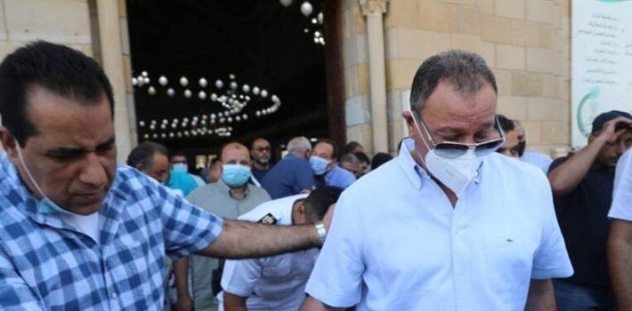 محمود الخطيب في جنازة حمدي الكنيسي