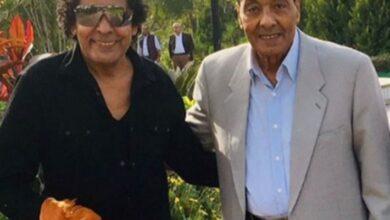 محمد منير والمشير طنطاوي