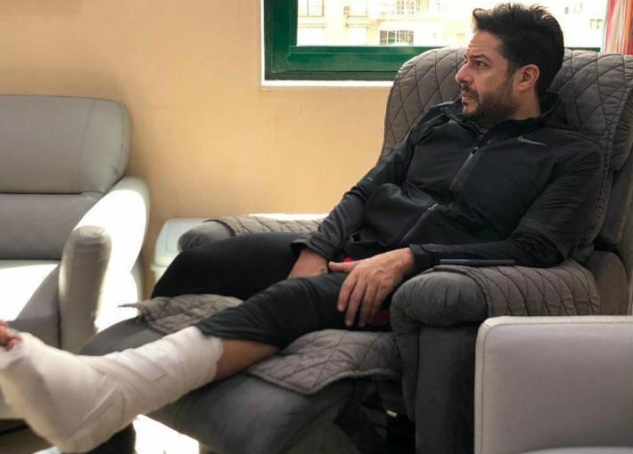 إصابة محمد حماقي في قدمه