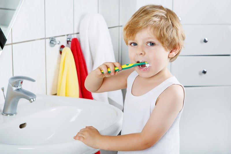 مخاطر الإسراف في استخدام معجون الأسنان