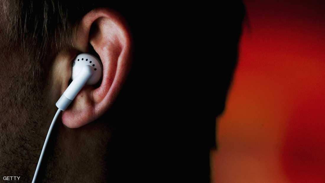 نصحت المنظمة بألا يستمع الناس لموسيقي صاخبة لفترة طويلة
