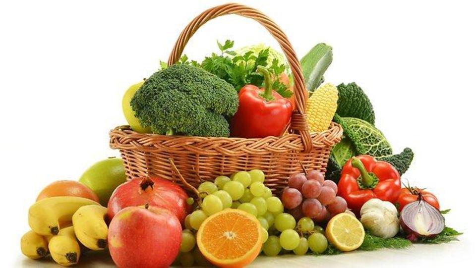 السر لصحة ممتازة .. 400 غرام من الخضراوات والفواكه يوميا